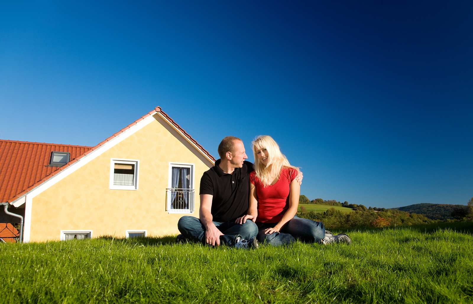 Rural Land or Neighborhood? Finding the Right Space For Your New Home